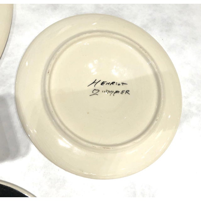 1960s Oyster Plates Set by Trevoux, Henriot Quimper, French Majolica - Set of 9 For Sale In Los Angeles - Image 6 of 7