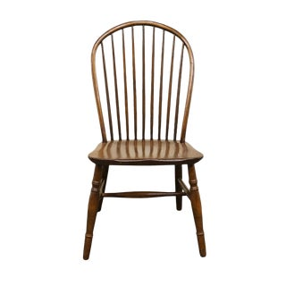 20th Century Traditional Conant Ball Bow Back Windsor Style Dining Side Chair For Sale