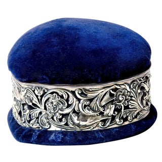 Velvet Heart Jewellery Box with Silver Band