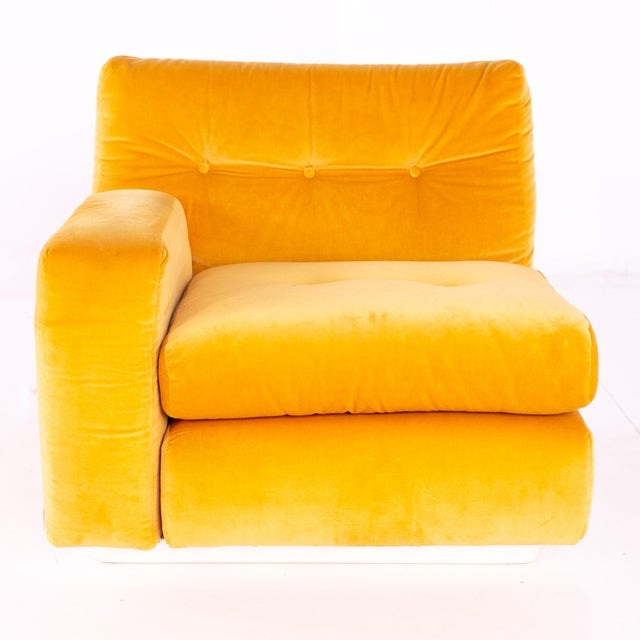 Plastic Jack Cartwright for Founders Mid Century Sectional Fiberglass Sofa For Sale - Image 7 of 13