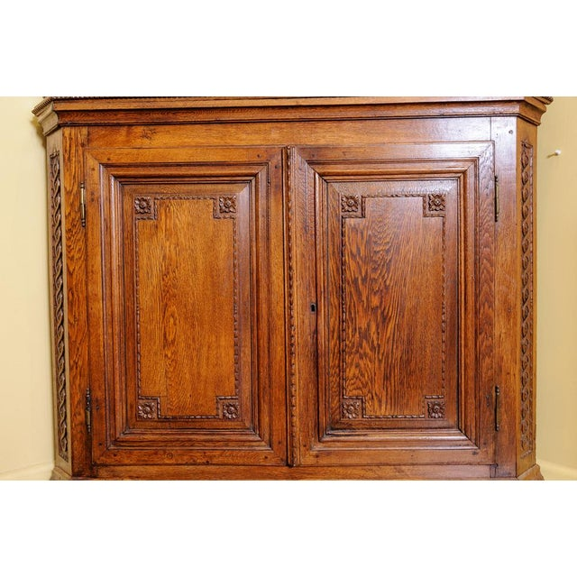 English Traditional Antique Oak Corner cabinet For Sale - Image 3 of 10