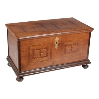 19th C. Rosewood and Mahogany Star Blanket Chest For Sale