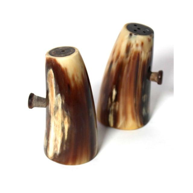 1970s Vintage Unused Hand Carved Natural Horn Salt & Pepper Shakers For Sale - Image 5 of 5