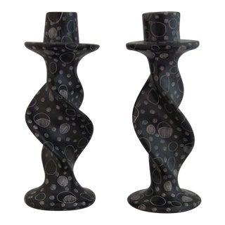 Vintage Kenya Soapstone Hand-Etched Spiral Black Candlestick Holders - a Pair For Sale