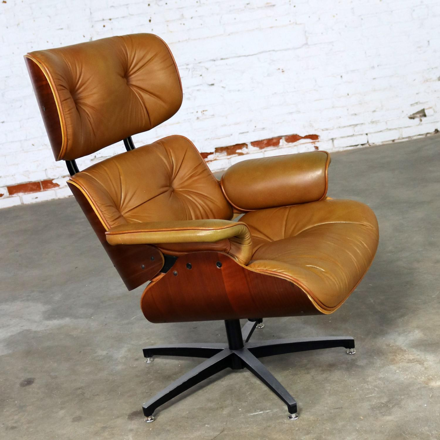 Mid Century Modern Lounge Chair Attributed To Selig Plycraft And In