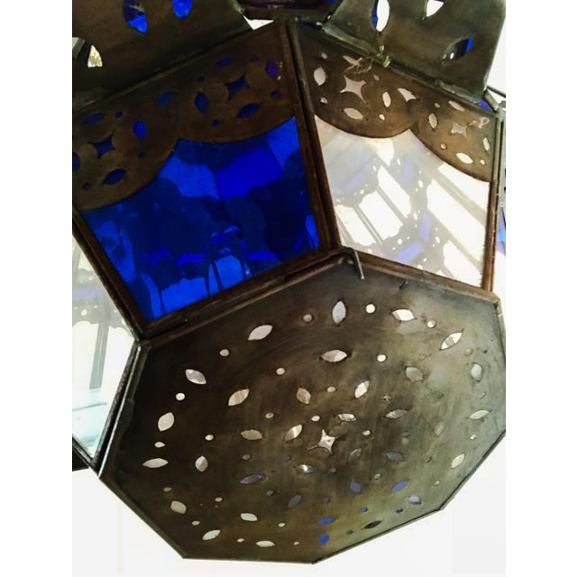 1960s Moroccan Brass and Cerulean Glass Lantern For Sale In Los Angeles - Image 6 of 10