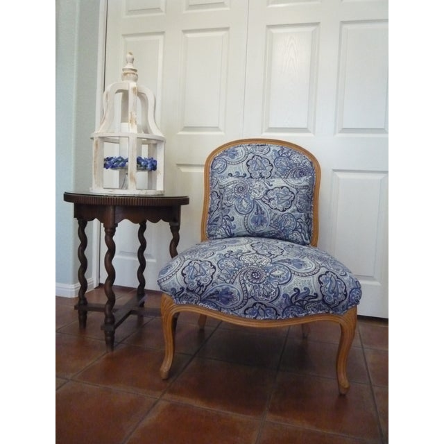Slipper chair, office seating, make-up seating...this beautiful, versatile chair offers a pop of blue for any room. Ultra-...