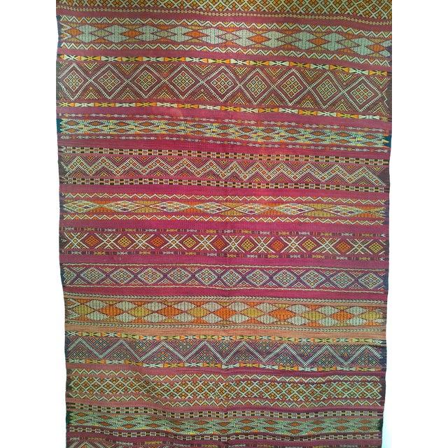 "Textile Vintage Moroccan Kilim 5' 9"" X 10' For Sale - Image 7 of 11"