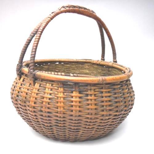 1920s Japanese Bamboo Basket Ikebana Flower Antique Vase Flower Sumikago For Sale - Image 5 of 13