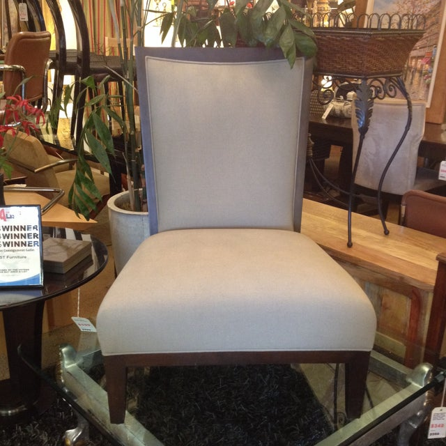 Contemporary Lorin Plain Lounge Chair - Image 9 of 9