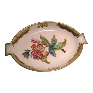 Late 20th Century Herend China Queen Victoria Pattern Small Ashtray For Sale