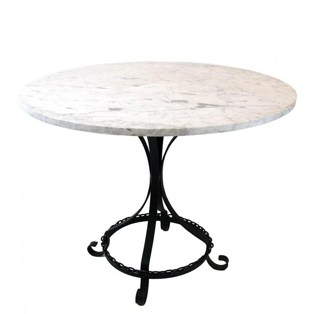 Metal Marble-Top Chain Link Garden Patio Set in the Manner of George Mulhauser For Sale - Image 7 of 11