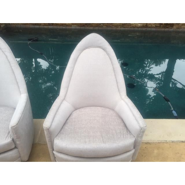 A Pair of Vintage Sculptural Memory Swivel Chairs by Selig Imperial For Sale - Image 9 of 12