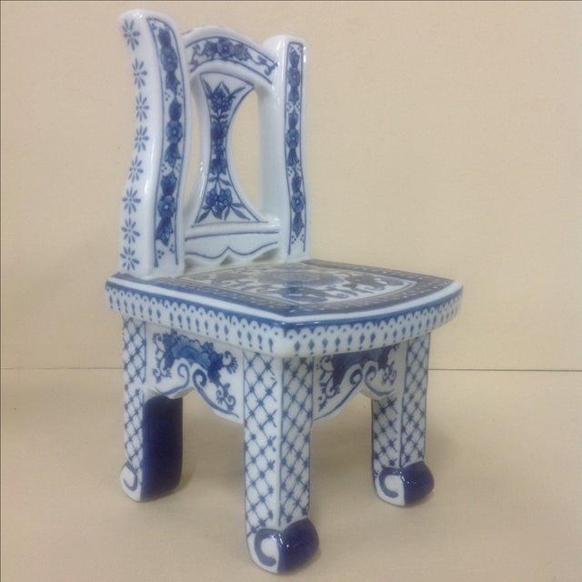 Asian Chinese Porcelain Blue & White Chair Plant Stand For Sale - Image 3 of 6