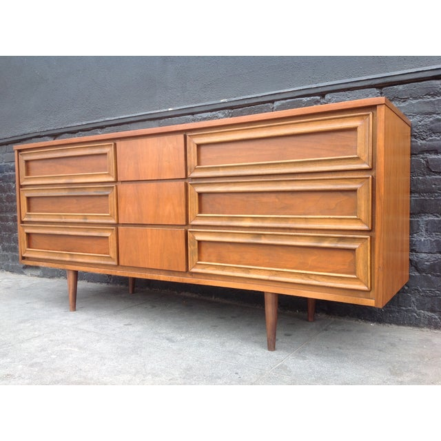 Union Made Mid-Century 9 Drawer Dresser For Sale - Image 5 of 7