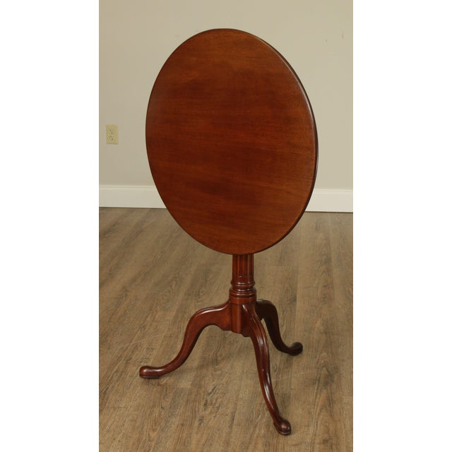 Biggs Thomas Jefferson Round Mahogany Tilt Top Candlestand For Sale - Image 4 of 13
