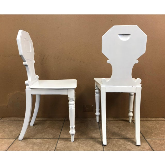 Hollywood Regency Pair of 19th Century English White Lacquered Hall Chairs For Sale - Image 3 of 9