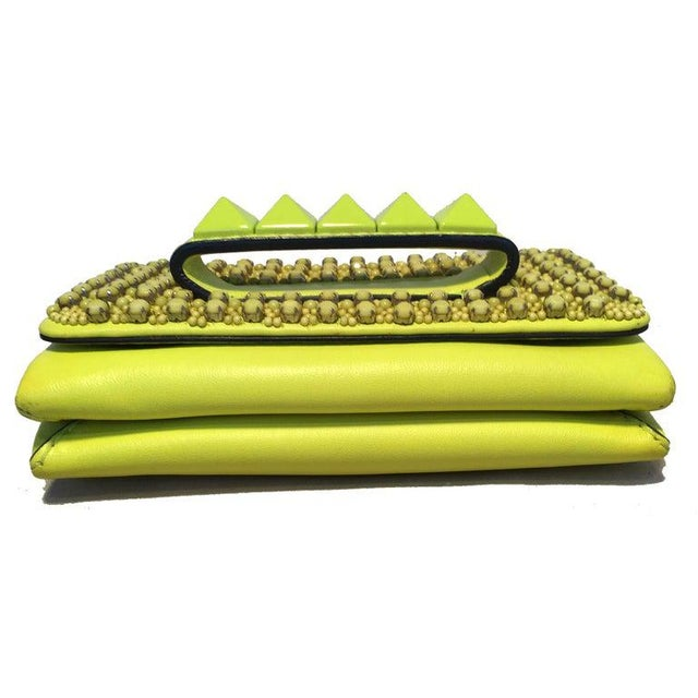 Green Valentino Garavani Va Va Voom Neon Studded Knuckle Clutch With Strap For Sale - Image 8 of 9
