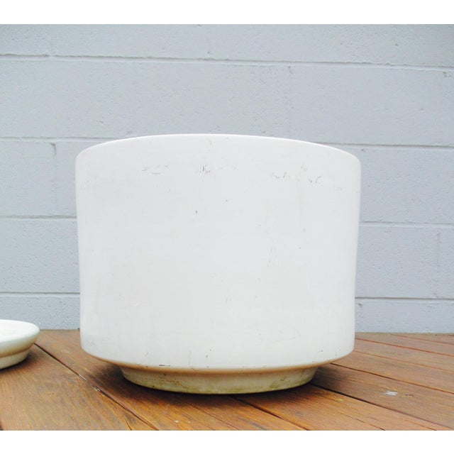 Mid-Century Off-White Ceramic Planter Gainey Style Architectural Pottery For Sale - Image 11 of 11