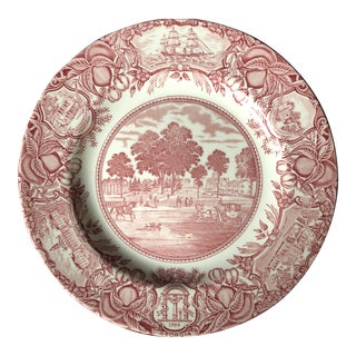 Vintage Pretty Wedgwood University of Georgia Plate For Sale