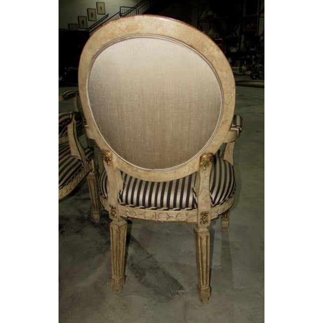 French Louis XV Carved Wood Oval Back Dining Arm Chairs - Set of 7 For Sale In West Palm - Image 6 of 13