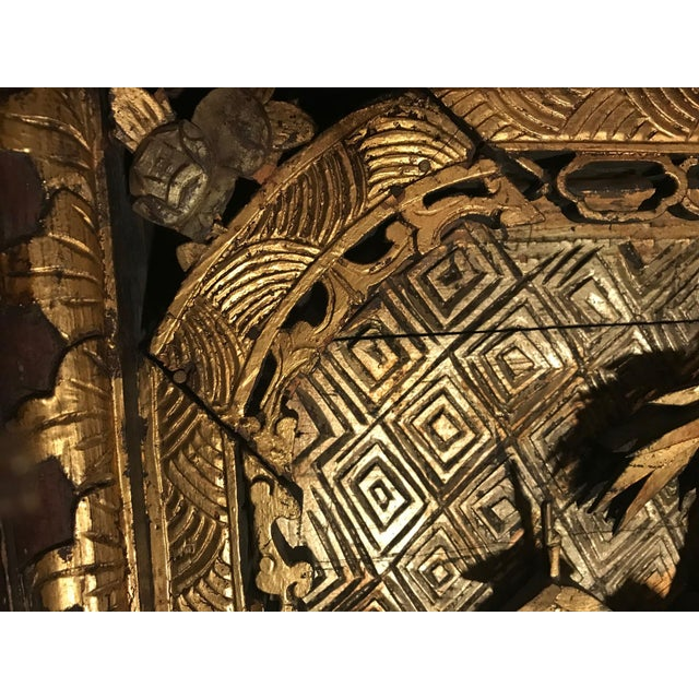 18th Century Antique Qing Chinese Carved Giltwood Temple Wall Panel For Sale - Image 4 of 13