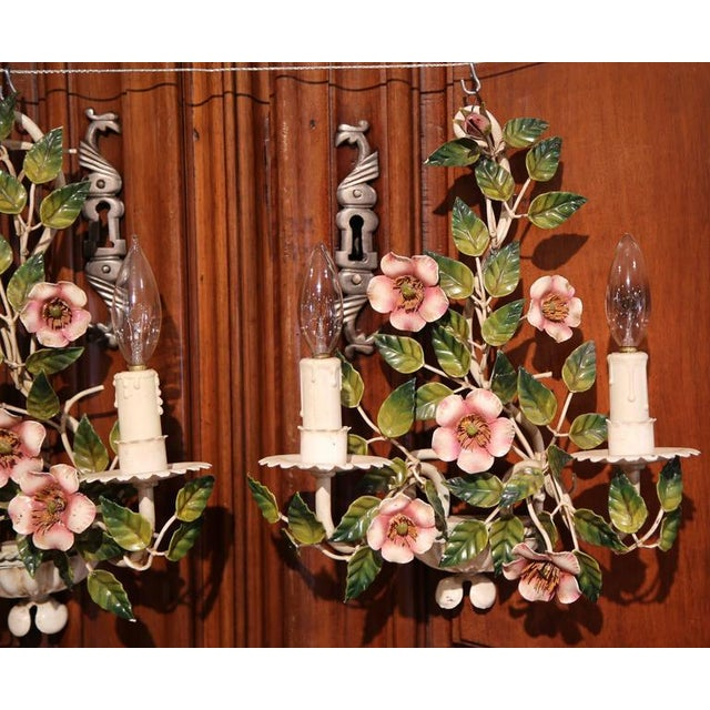 Early 20th Century French Hand-Painted Metal Sconces With Flowers - A Pair - Image 4 of 8