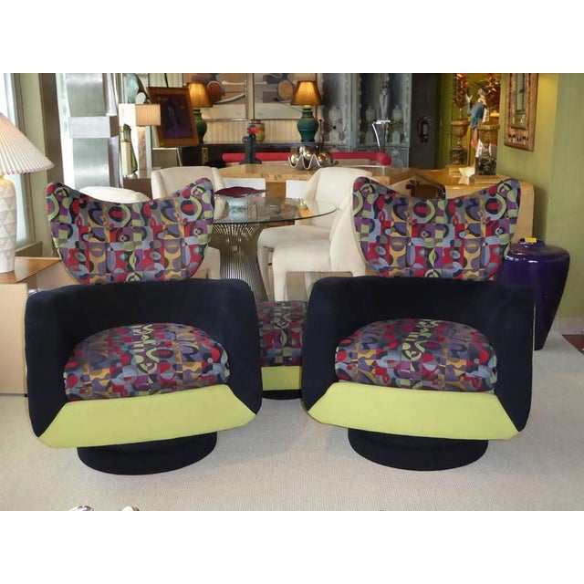 Pair of Vladimir Kagan Lounge Chairs for Directional with Ottoman - Image 3 of 9