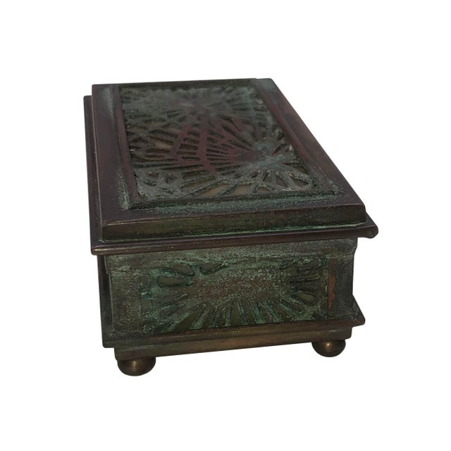 Art Nouveau Tiffany Studios Stamp Box For Sale - Image 3 of 8