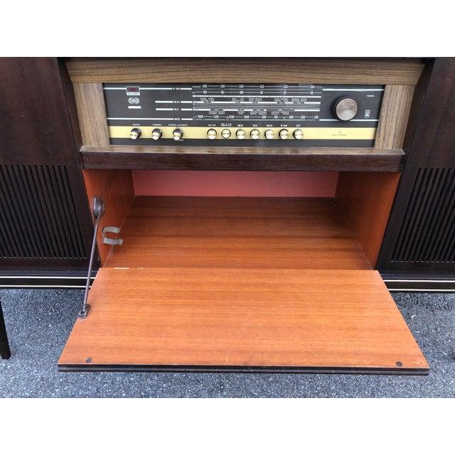 Wood Mid Century Fully Restored Ks650u Grundig Record Credenza For Sale - Image 7 of 13