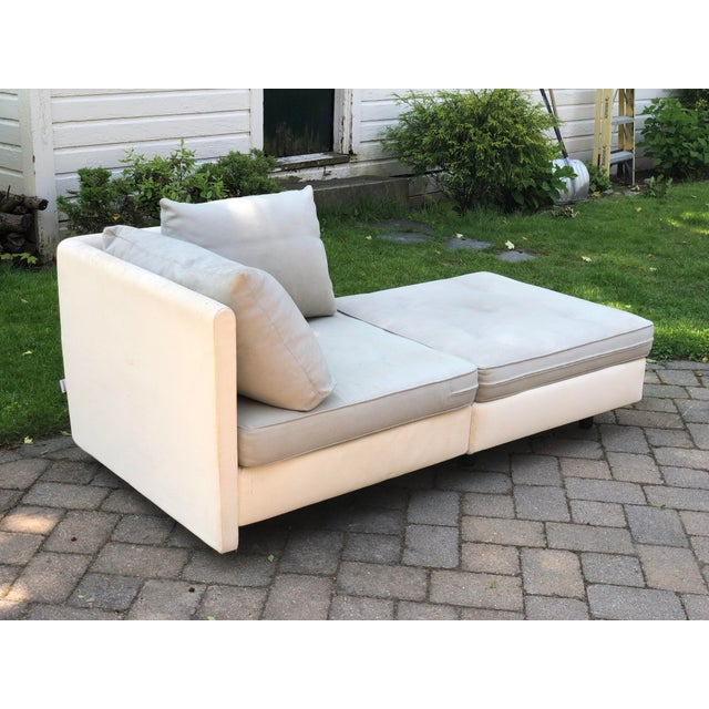 Lovely Ligne Roset chaise designed by Didier Gomez for the 'Nomade' collection. Interlocking corner seat and ottoman....