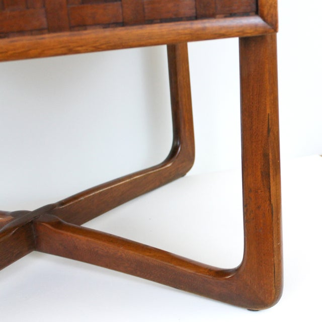 Mid-Century Lane Perception X-Base End Table - Image 8 of 10
