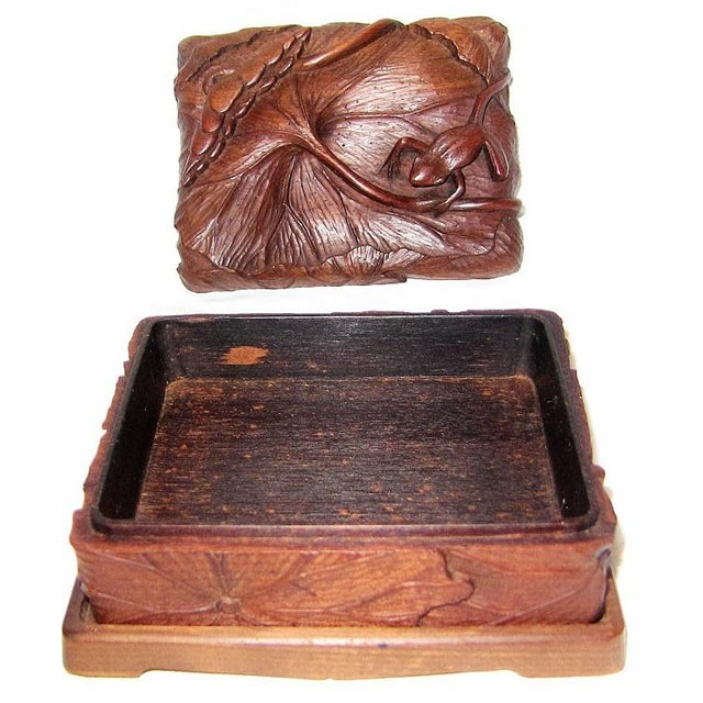 Late 19th Century 19c Japanese Carved Frog and Waterlily Wooden Box For Sale - Image 5 of 11