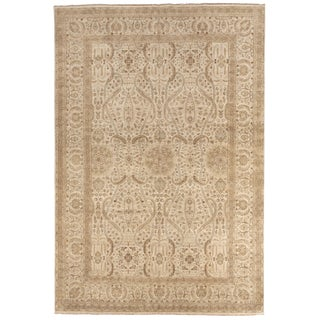 "Hand-Knotted Neutral Floral Indian Rug - 9'10""x 14'6"" For Sale"