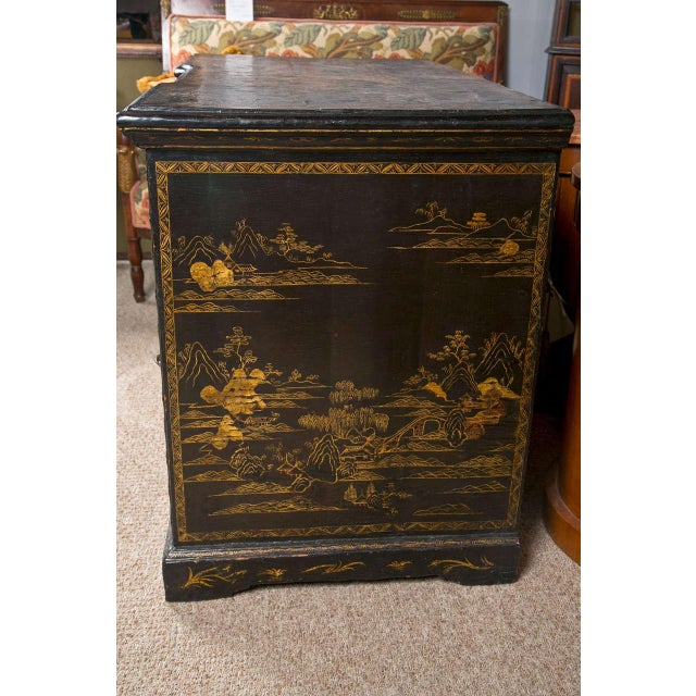 Asian 19th-C. Chinoiserie Knee Hole Desk For Sale - Image 3 of 9