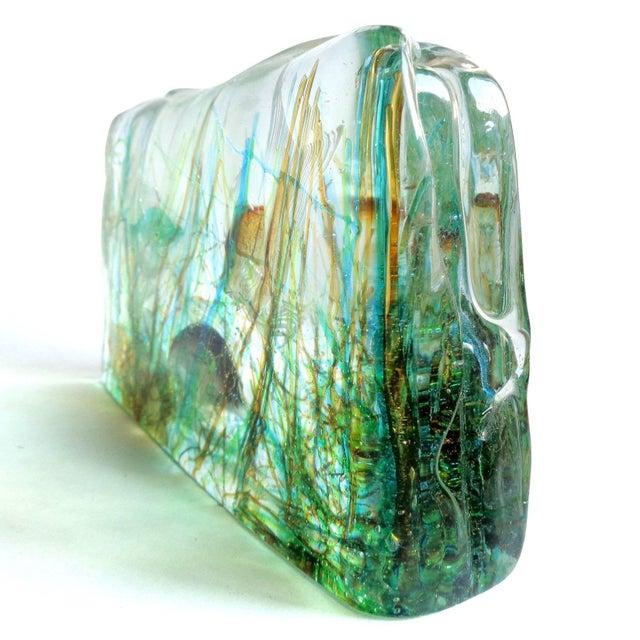 Figurative Cenedese Murano Three Fish Italian Art Glass Aquarium Block on Lighted Base For Sale - Image 3 of 8