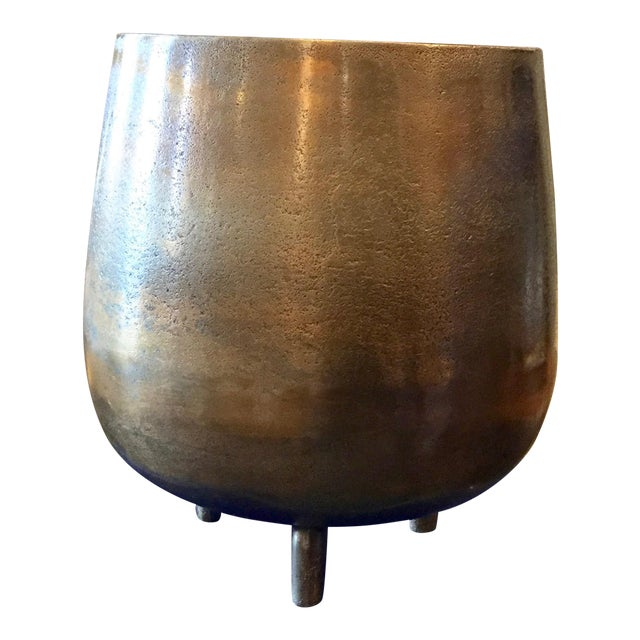 Large Bronze Colored Cache Pot - Image 1 of 6