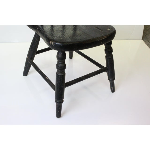 Early 20th Century Vintage Miniature Children's Windsor Chair For Sale - Image 4 of 5