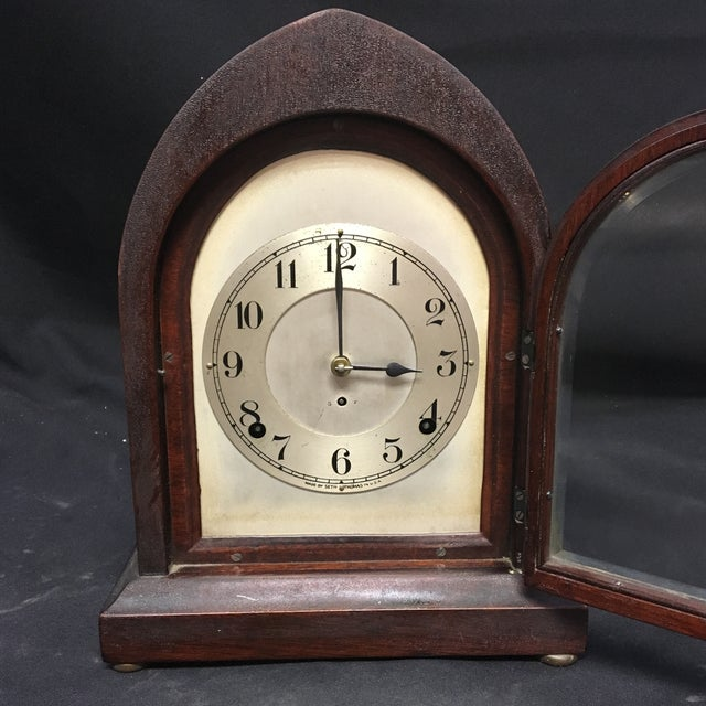 This elegant antique Seth Thomas clock would look perfect in any room of your home. The exterior and interior body is made...