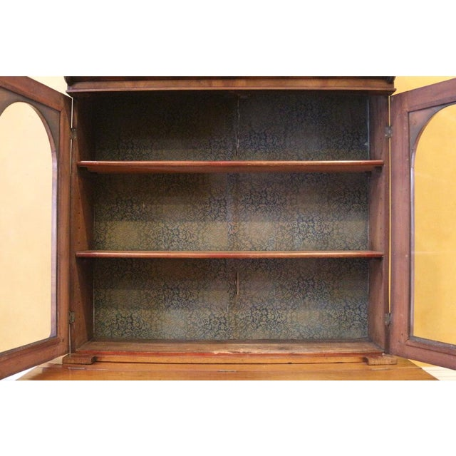 19th Century Victorian Mahogany Display Cabinet For Sale - Image 9 of 10