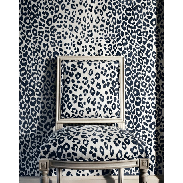 2010s Sample - Schumacher Iconic Leopard Pattern Animal Print Wallpaper in Cloud Grey For Sale - Image 5 of 5