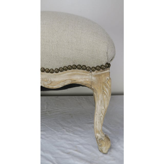 French Louis XV Style Linen Bench, Circa 1900 For Sale - Image 4 of 13