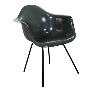 Elephant Hide Gray Eames Herman Miller Molded Fiberglass Dax Arm Shell Chair H Base For Sale