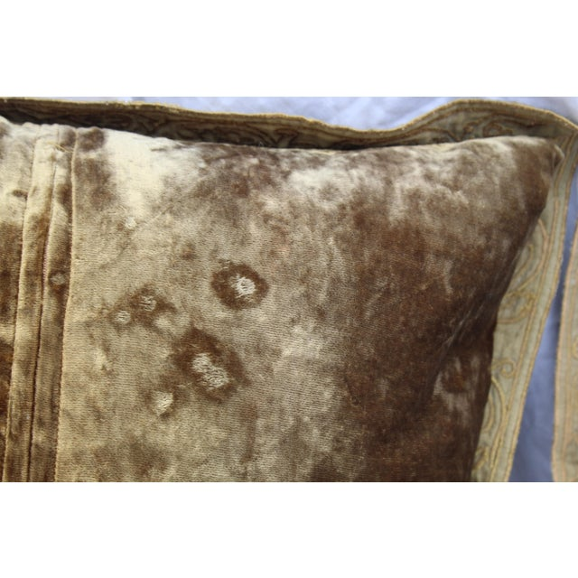 English Country Crushed Velvet Down Pillows - a Pair For Sale - Image 4 of 7