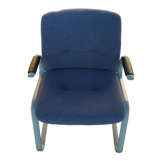 1980s Vintage Steelcase Cantilevered Chair For Sale