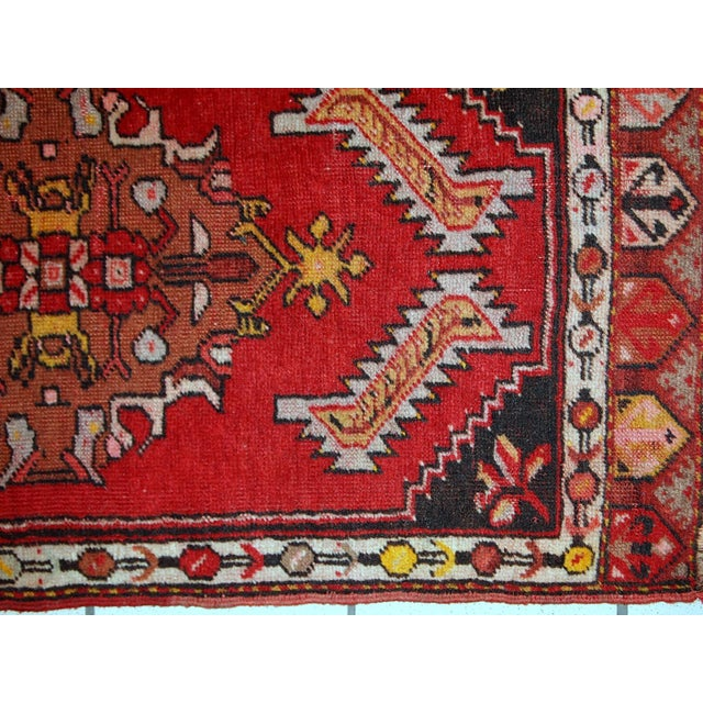 Turkish 1960s, Handmade Vintage Turkish Yastik Rug 1.6' X 3.1' For Sale - Image 3 of 12