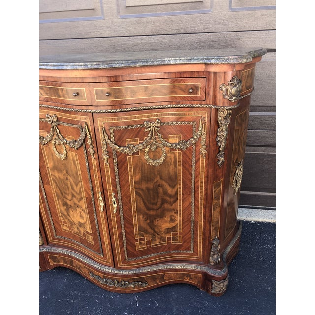 Early French Louis XV Commode Cabinet For Sale - Image 4 of 13