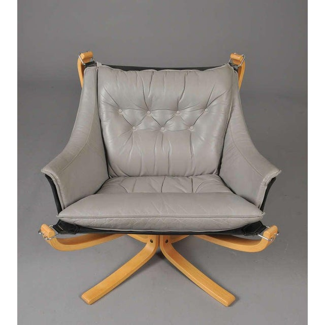 """Sigurd Ressell Pair of """"Falcon"""" Armchairs by Sigurd Ressell For Sale - Image 4 of 7"""