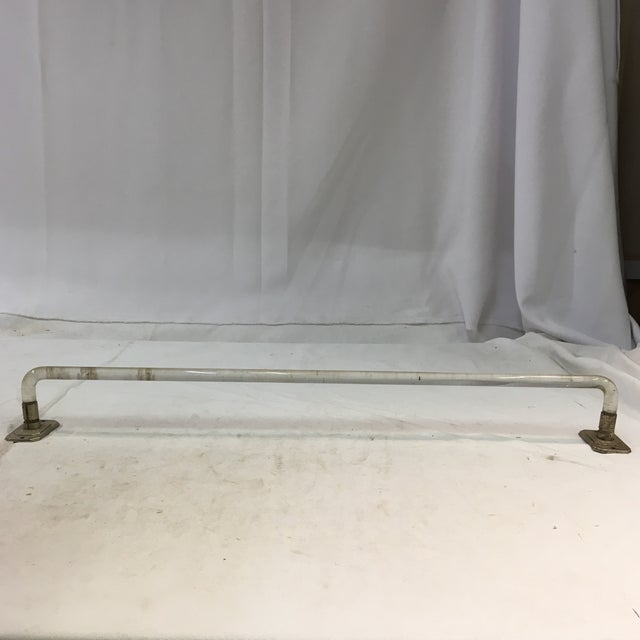 Transparent Vintage Lucite Towel Bar With Chrome-Plated Hardware For Sale - Image 8 of 13