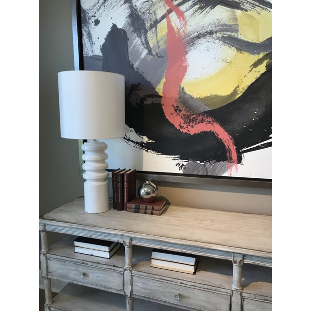 Mid-Century Modern Contour White Table Lamp For Sale - Image 4 of 4